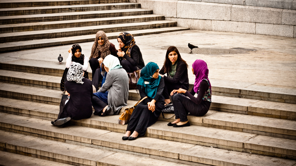 hannover muslim women dating site Dating you might be single when you arrive in your new host country,  modesty is the watchword when it comes to dress muslim women will feel right at home,.
